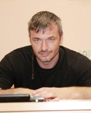 Владимир, 43