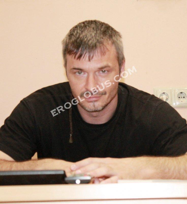 Владимир, 42