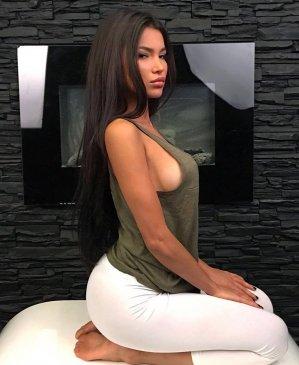 Изабель, 34